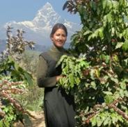 Nepal_woman_coffee