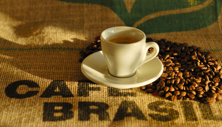 MARKET INSIGHT: July Arabica Coffee Rises 2.55 Cents On Brazil Frost, Settles Up 1.05 At $1.2760/Lb Jun 12